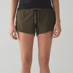 Lululemon Hotty Hot short size 8